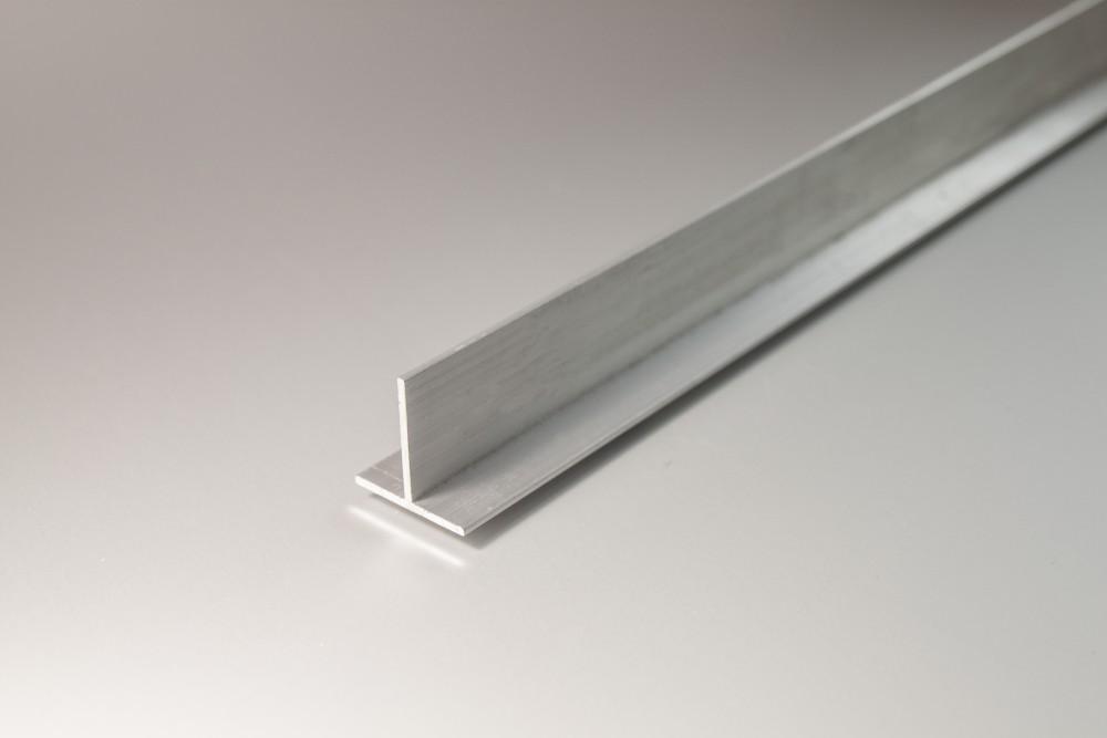 Perfil de aluminio tes lados desiguales